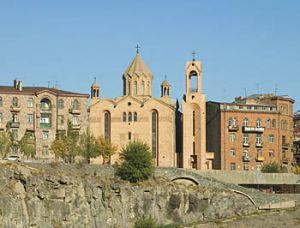 , Церковь Сурб Саргис Араджнорданист